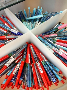 Space Needle Floaty Pens